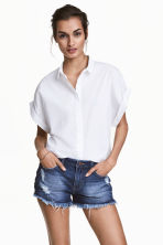Short cotton blouse - White - Ladies | H&M CN 1