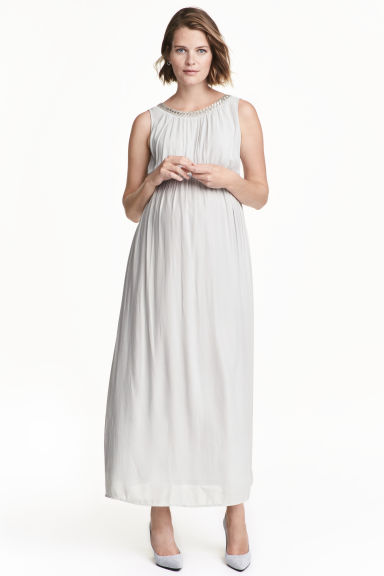 MAMA Maxi dress - Light grey - Ladies | H&M 1
