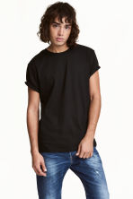 Round-necked T-shirt - Black -  | H&M CN 1