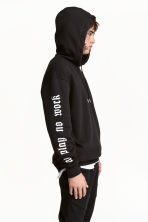 Printed hooded top - Black/Snake - Men | H&M CN 1