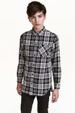 Long shirt - Black/Checked - Kids | H&M CN 1