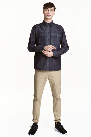 Chinos Skinny fit Model