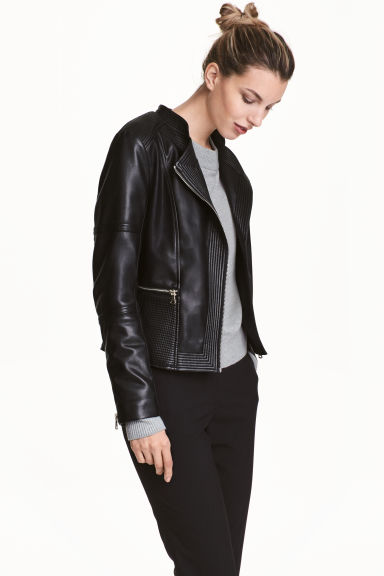 Fitted biker jacket Model