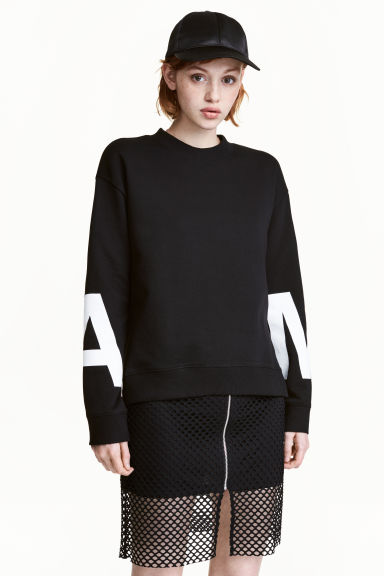 Sweatshirt with side slits - Black - Ladies | H&M CN 1