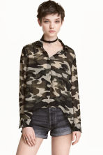 Chiffon shirt - Khaki green/Patterned - Ladies | H&M CA 1