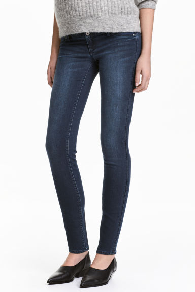 MAMA Super Skinny Low Jeans - Dark denim blue/Washed - Ladies | H&M