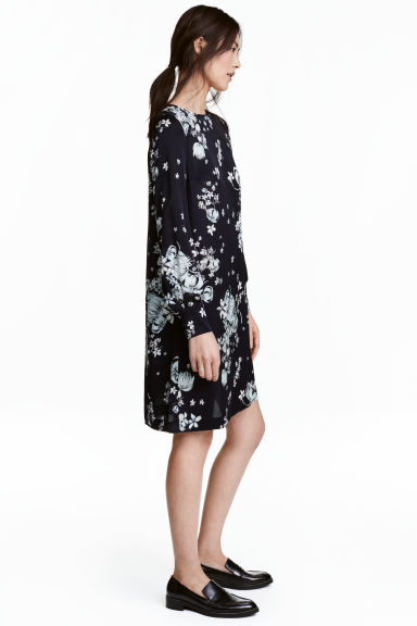 Long-sleeved dress - Dark blue/Floral - Ladies | H&M 1