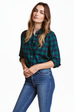 Flannel shirt - Dark green/Checked - Ladies | H&M 1