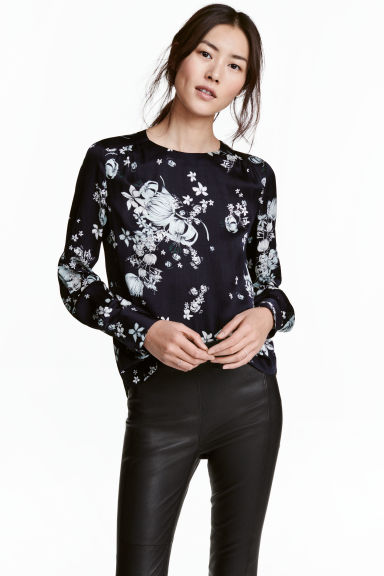 Long-sleeved blouse - Dark blue/Floral - Ladies | H&M 1