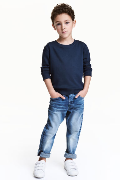 Pull-on jeans Model