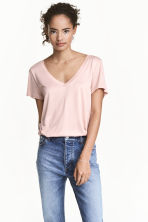 V-neck top - Powder pink - Ladies | H&M CN 1
