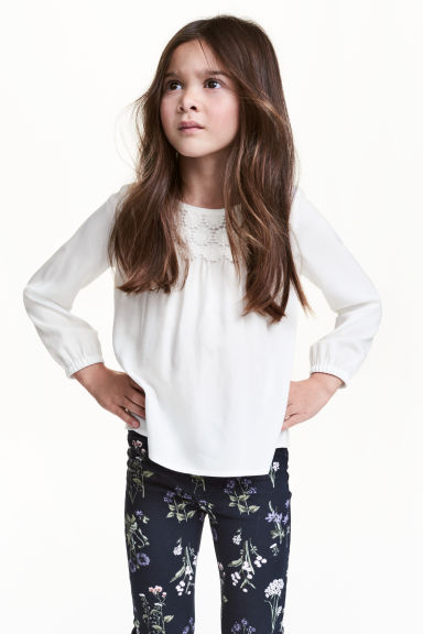 Blouse with lace - White - Kids | H&M CN 1