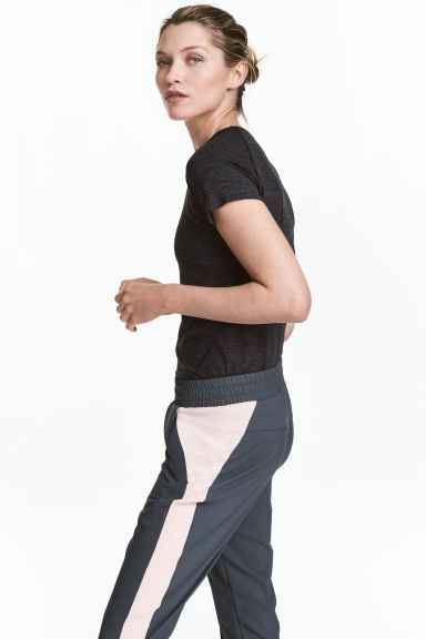Seamless sports top - Black marl - Ladies | H&M 1