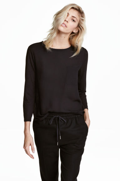 Top with a woven front - Black - Ladies | H&M 1