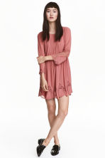 Hole-embroidered dress - Dark old rose - Ladies | H&M CN 1