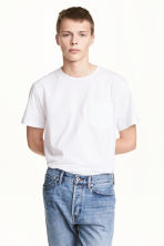 T-shirt with a chest pocket - White - Men | H&M 1