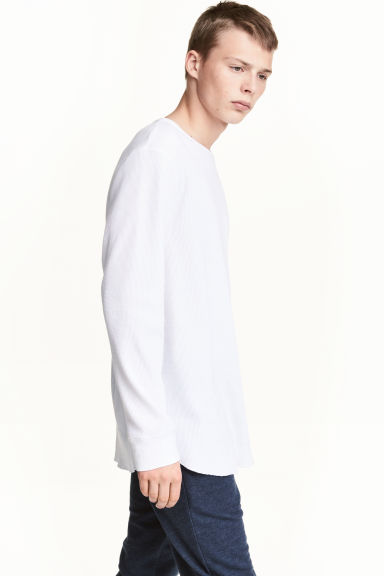 Waffled long-sleeved T-shirt - White - Men | H&M 1