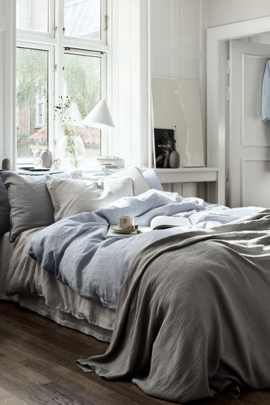 Washed linen pillowcase - Grey - Home All | H&M 1