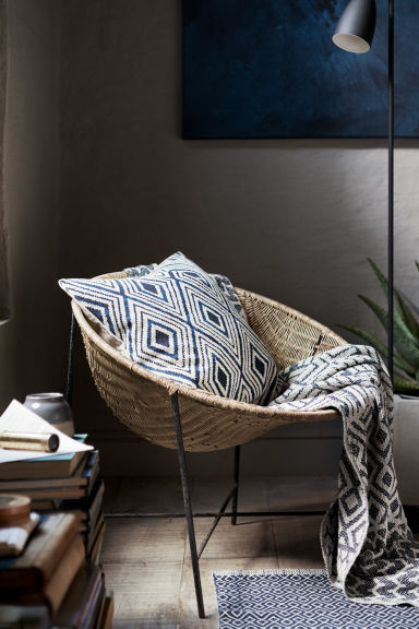Patterned cushion cover - Natural white/Dark blue - Home All | H&M CN