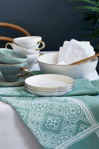 Textured porcelain plate - Dusky green - Home All | H&M IE 1