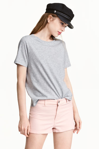 Twill shorts High waist - Light pink - Ladies | H&M CN 1