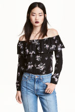 Short off-the-shoulder blouse - Black/Floral - Ladies | H&M CN 1