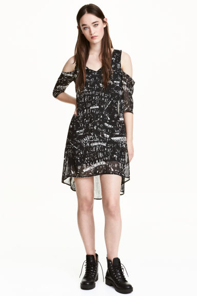 Cold shoulder dress - Black/Patterned - Ladies | H&M 1