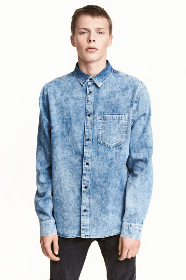 Washed denim shirt - Denim blue - Men | H&M 1