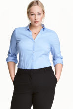 H&M+ V-neck shirt - Light blue - Ladies | H&M CN 1