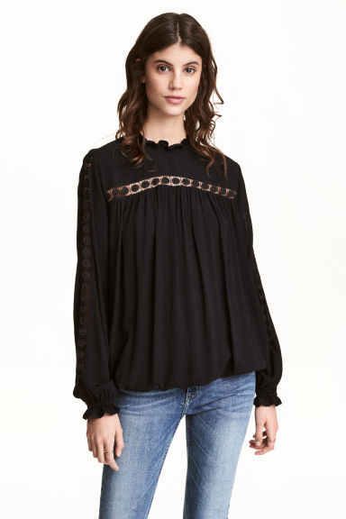 Crinkled blouse - Black - Ladies | H&M CN 1