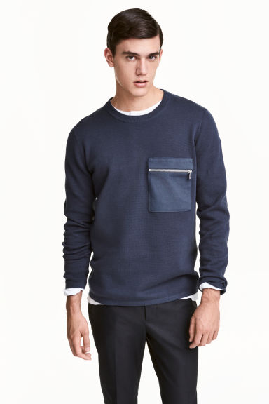 Fine-knit cotton jumper - Navy blue - Men | H&M 1