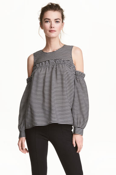 Cold shoulder blouse - Black/White/Checked - Ladies | H&M 1