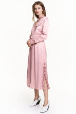 Shirt dress with frills - Light pink - Ladies | H&M CN 1