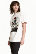 T-shirt with embroidery - White/Floral - Men | H&M 1