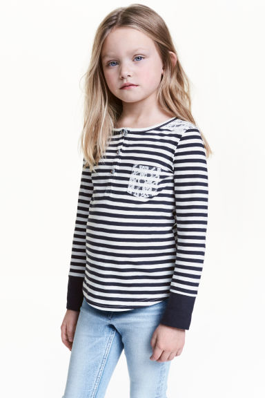 Long-sleeved Henley shirt - Dark blue/Striped - Kids | H&M CN 1