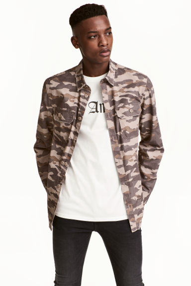Patterned cargo shirt - Mole/Patterned - Men | H&M 1