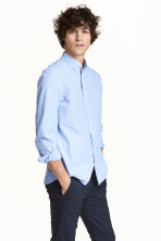 Cotton shirt Regular fit - Light blue - Men | H&M 1
