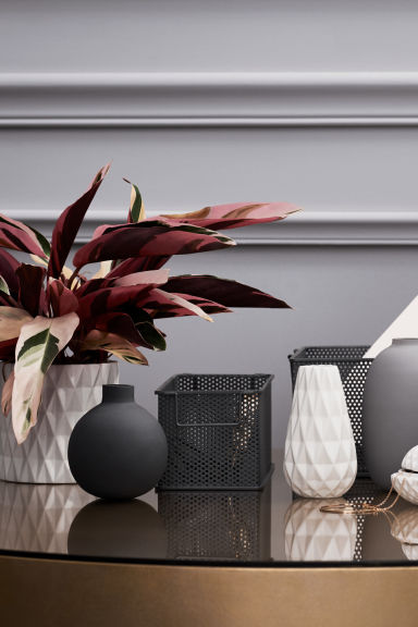 Textured plant pot - White - Home All | H&M CN 1
