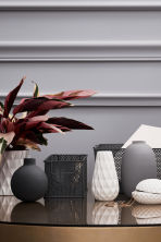 Textured vase - White - Home All | H&M CN 1