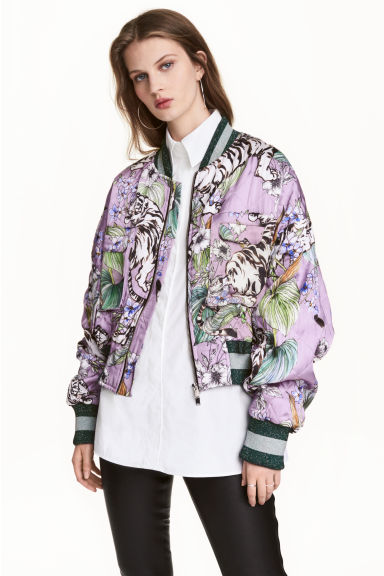 Quilted bomber jacket - Purple/Tigers - Ladies | H&M 1