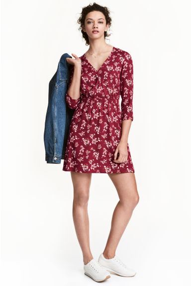 V-neck dress - Burgundy/Floral - Ladies | H&M 1