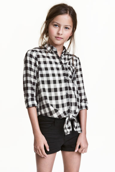 Tie-front blouse - Black/White/Checked -  | H&M CN 1