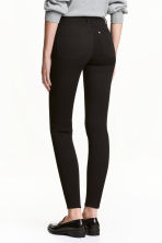 Shaping Skinny Ankle Jeans - Black/No fade black - Ladies | H&M CN 1
