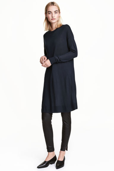 Fine-knit tunic - Dark blue - Ladies | H&M CN 1