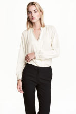 Satin blouse - Natural white - Ladies | H&M 1