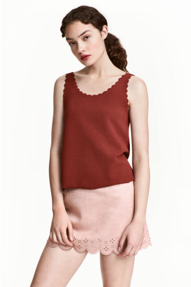 Vest top with scalloped edges - Dark red - Ladies | H&M