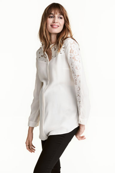 MAMA Blouse with lace - Natural white - Ladies | H&M CN 1