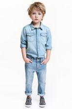 Slim Jeans - Light denim blue - Kids | H&M 1