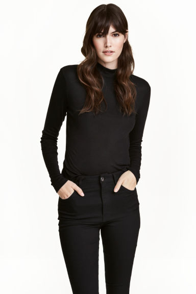 Fine-knit turtleneck top - Black - Ladies | H&M