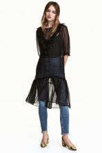Frilled dress - Black - Ladies | H&M 1